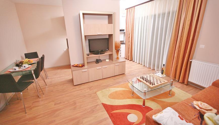 Twins Apartments, Braşov