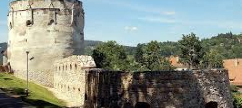 Bastionul Postavarilor Brasov Turism si Cultura