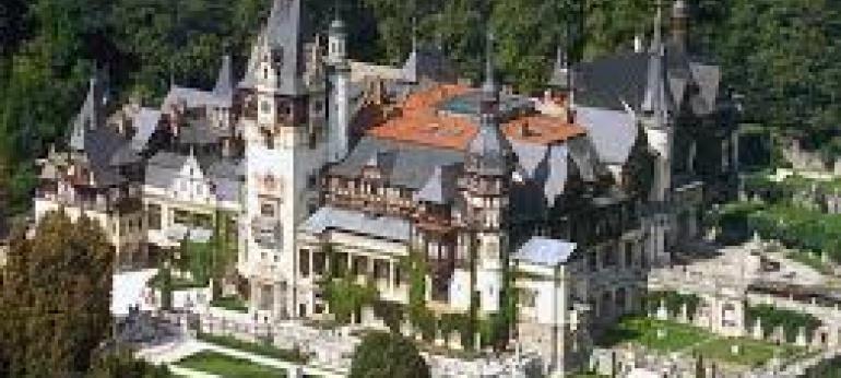 Castelul Peles Brasov Atractii si Obiective Turistice