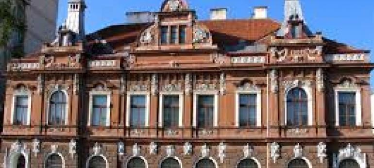 Muzeul de arta Brasov Obiectiv Turistic si Cultural
