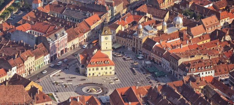 Piata Sfatului Brasov Obiectiv Turistic si Cultural