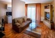 Canapea confortabila pentru 2 persoane-Brasov